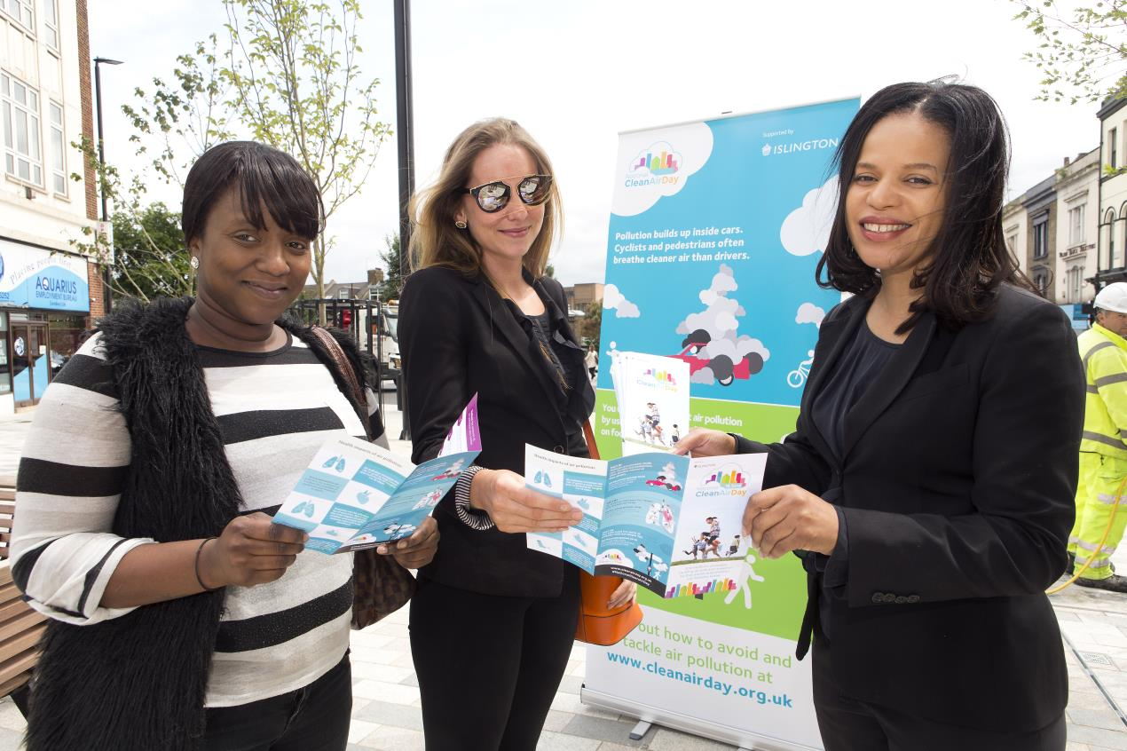 Cllr_Webbe%2c_right%2c_helps_launch_the_first-ever_National_Clean_Air_Day_in_Islington.