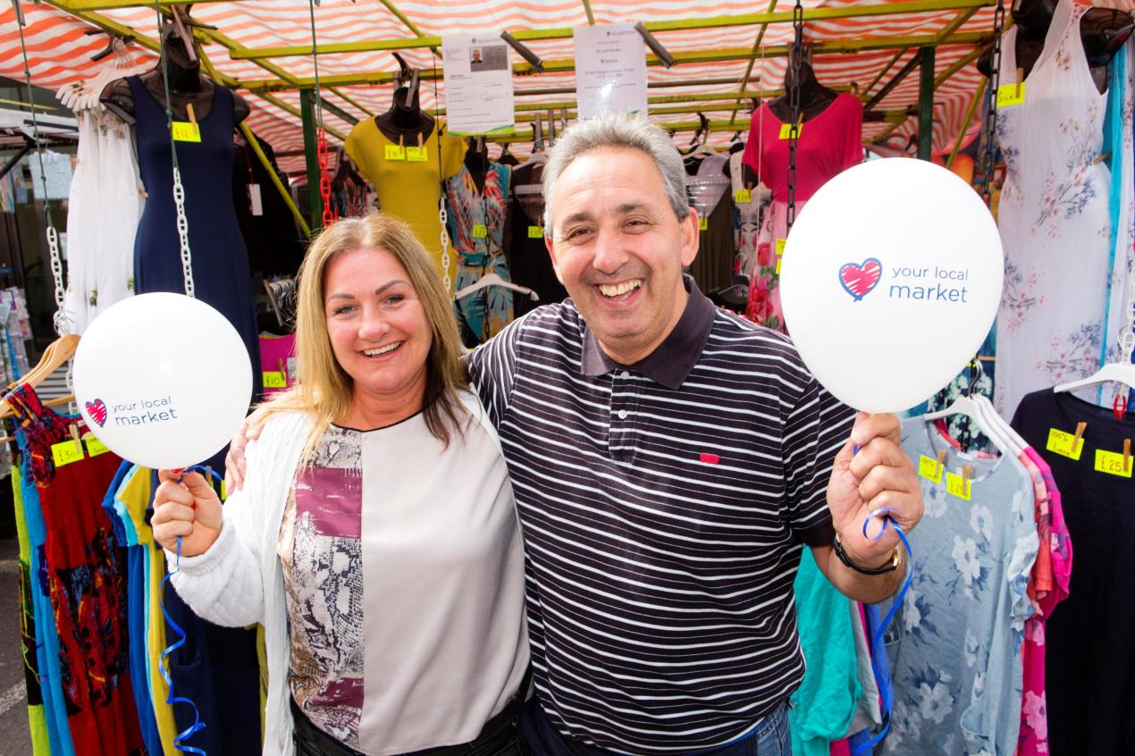 Market_Trader_of_the_Year_2017_launch_-_Keeley_Maskell_and_Jeffrey_Heller_at_Chapel_Market