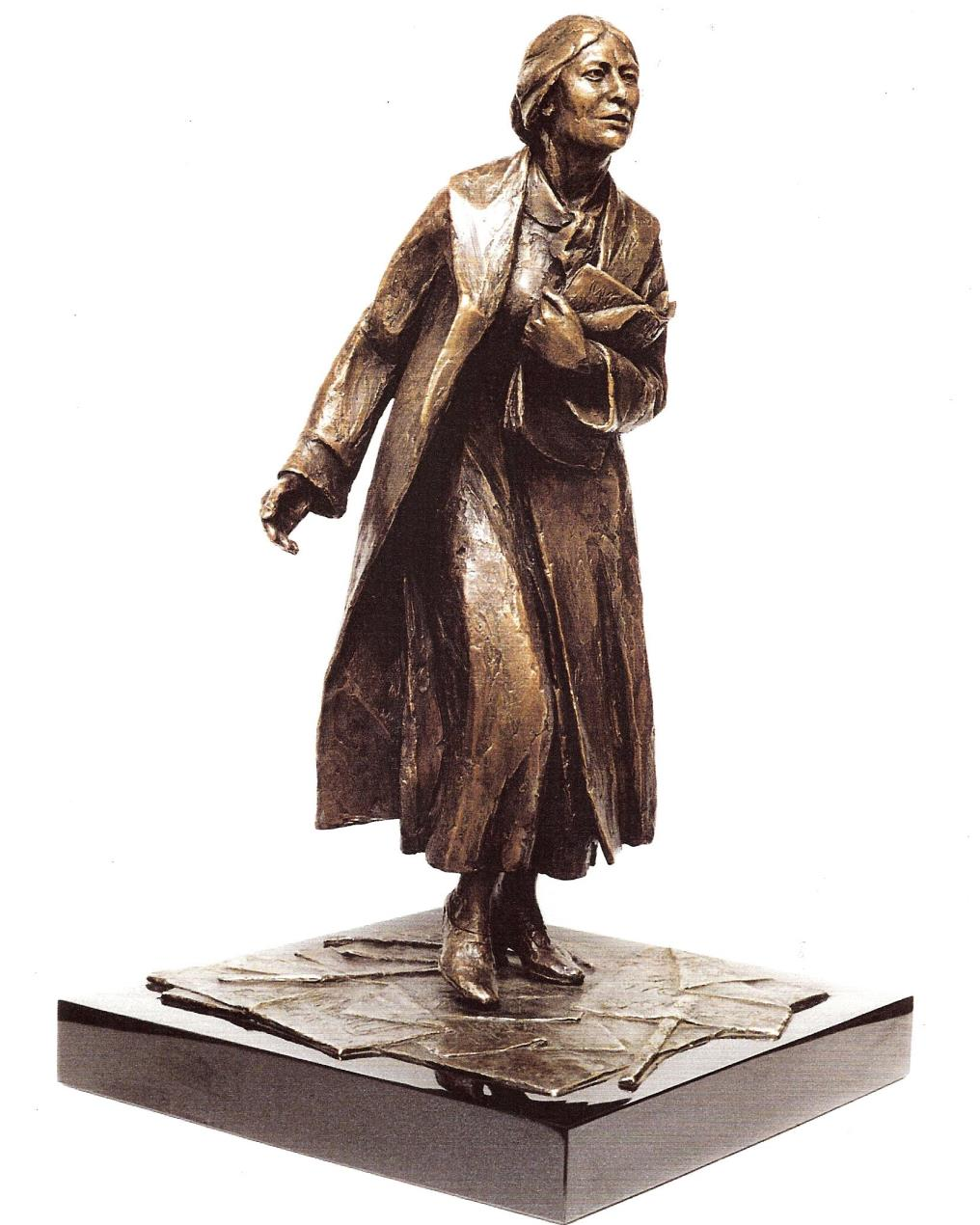 Bronze_maquette_of_the_proposed_statue_of_Sylvia_Pankhurst