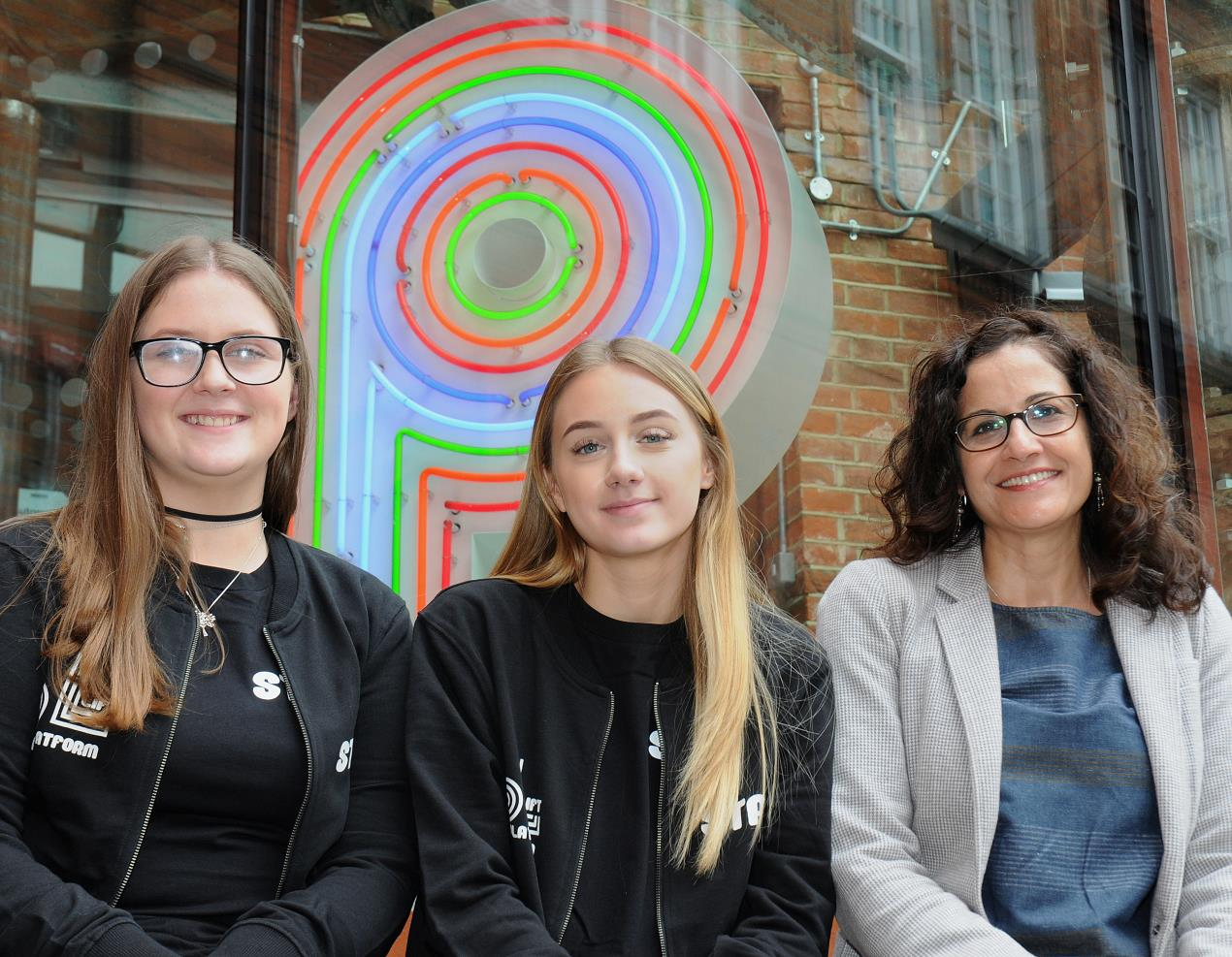 Cllr_Asima_Shaikh%2c_executive_member_for_economic_development%2c_met_Isledon%27s_latest_apprentices_at_Platform_youth_hub_-_Holly_Coleman_(wearing_glasses)_and_Sydney_Milner.