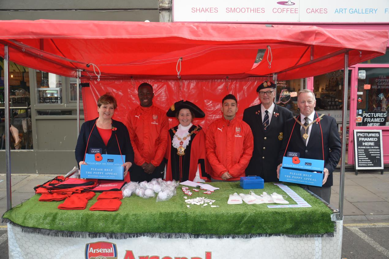 The Mayor of Islington (centre) joins the launch of Islington's poppy appeal on Saturday 28 October