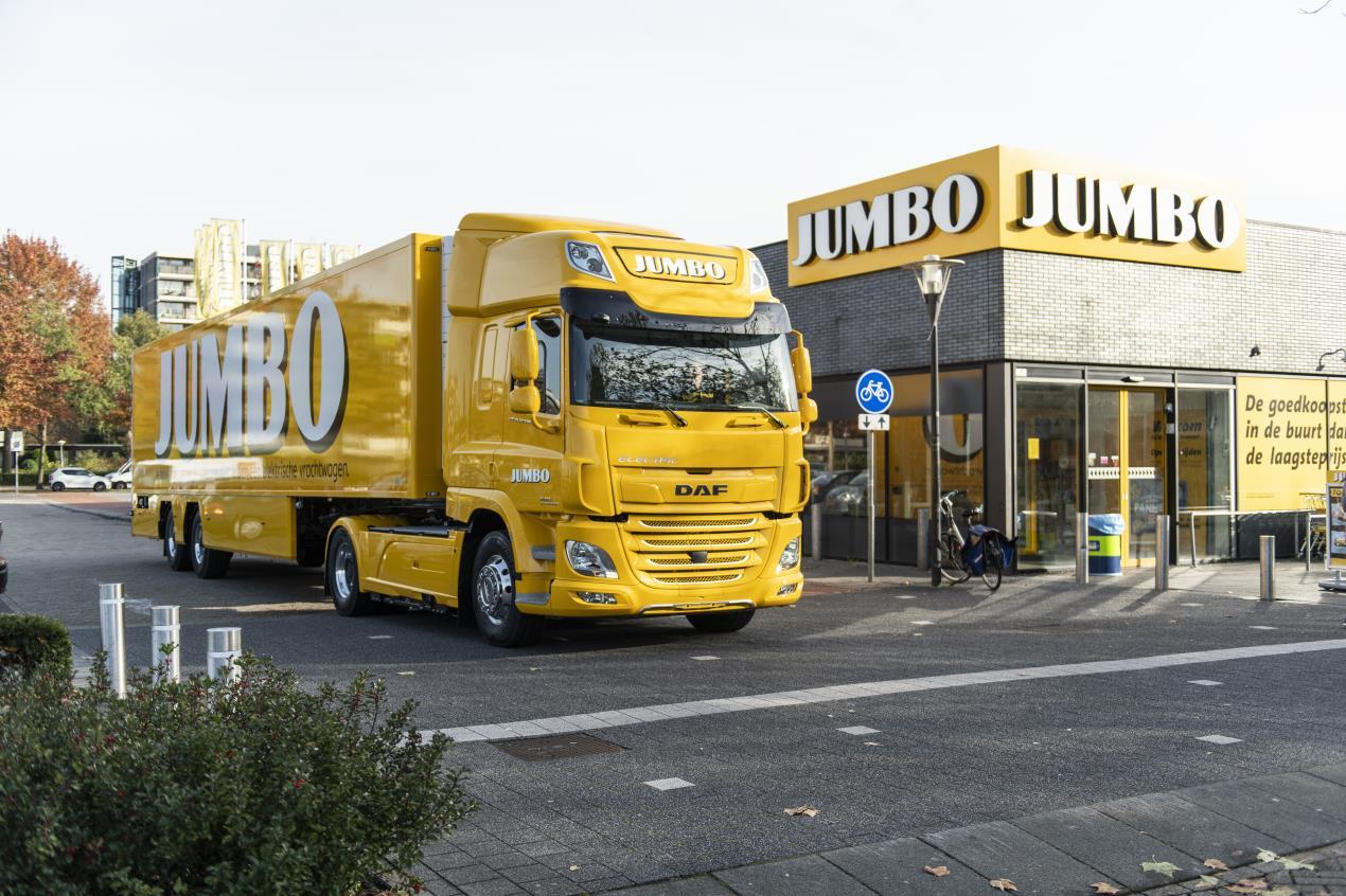 UK DAF_CF_Electric_for_Jumbo