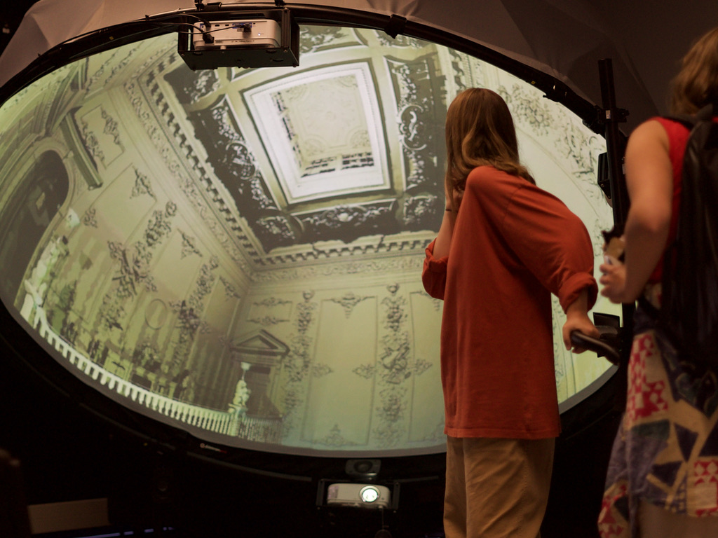 Visitors explore the University of Plymouth Credit_University of Plymouth